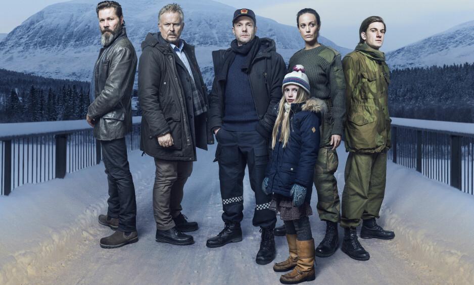 NY TV3-satsing: Hovedrollene i «Elven» spilles av Espen Reboli Bjerke og Ingeborg Sundrehagen Raustøl. Elven er skrevet av Arne Berggren og Kristine Berg og er spilt inn på location i Indre Troms. Foto: TV 3.