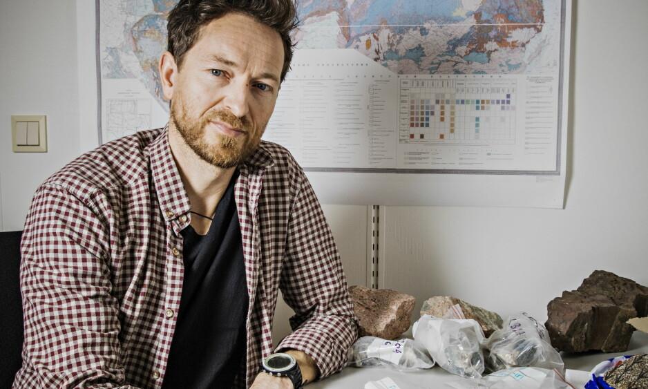 EKSTREMT TILFELLE: Forsker Henrik H. Svensen har vært midlertidig ansatt ved Universitetet i Oslo i 15 år. Han tviler på at lovendringen vil gi store endringer for forskere. Foto: Jørn H Moen