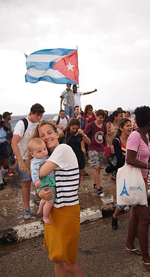MARKERING: Anne Natvig tok med seg familien sin på feltarbeid til Cuba. Foto: Øyvind Festø