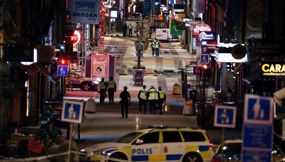 AVSLAG: Den terrorsiktede 39-åringen Rakhmat Akilov fra Usbekistan, fikk endelig avslag på sin asylsøknad i Sverige i desember i fjor. Fra den dagen fikk han fire uker på seg til å forlate landet. Fredag drepte han fire mennesker med en lastebil som våpen da han kjørte ned Drottninggatan i Stockholm og meide ned folk, mener svensk politi. Foto: AFP Photo / Odd Andersn / NTB Scanpix