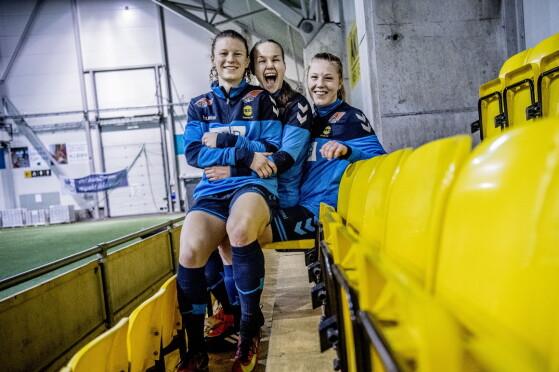 TALENTER: Synne Skinnes Hansen (21), Guro Reiten (22) og Sophie Roman Haug (17) scoret alle i første serierunde mot Klepp. Foto: Thomas Rasmus Skaug / Dagbladet