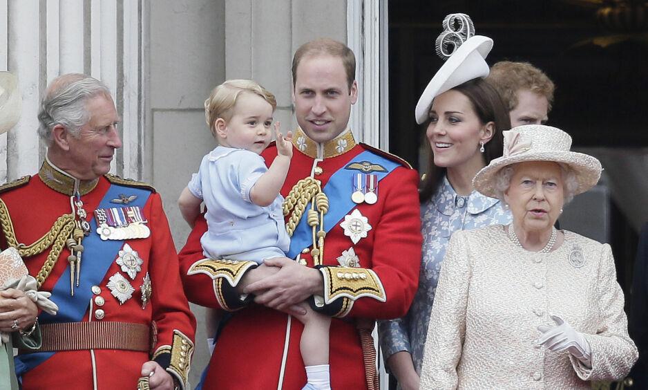 HAR KJENT PÅ ENSOMHET: Hertuginne Kate forteller at hun som mor har kjent på ensomhet. Sammen med prins William har paret to barn, George (bildet) og Charlotte. Foto: NTB Scanpix