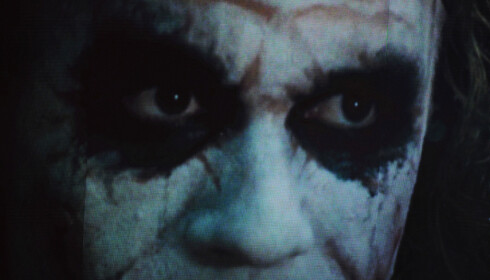 LEGENDARISK ROLLE: Heath Ledger i rollen som The Joker i Christopher Nolans Batman-filmatisering «The Dark Knight». Etter sin død ble han tildelt Oscar for beste mannlige birolle etter sin innsats i filmen. Foto: Scanpix