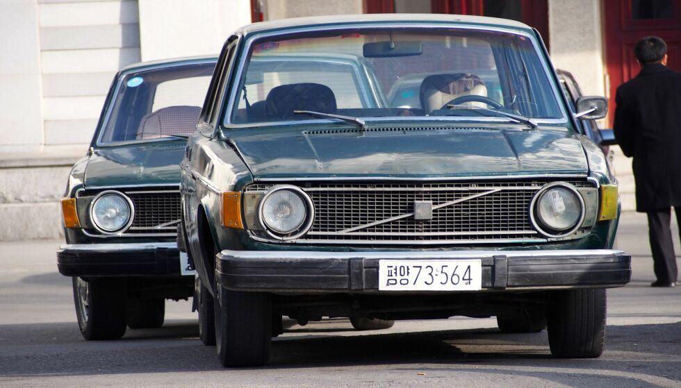 VOLVO I PYONGYANG: Dette bildet fra 2014 viser Volvo-biler fra 1970-tallet i Pyongyang i Nord-Korea. Foto: Aftonbladet / NTB Scanpix