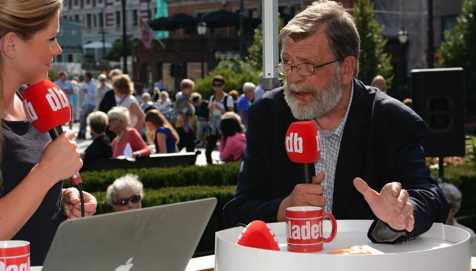 VALGBOD: I de to ukene før valget vil personlighetstesten Big 5 bli brukt i Dagbladets valgbod. Her er valgforsker Frank Aarebrot i valgboden i 2013. Foto: Ralf Lofstad / Dagbladet