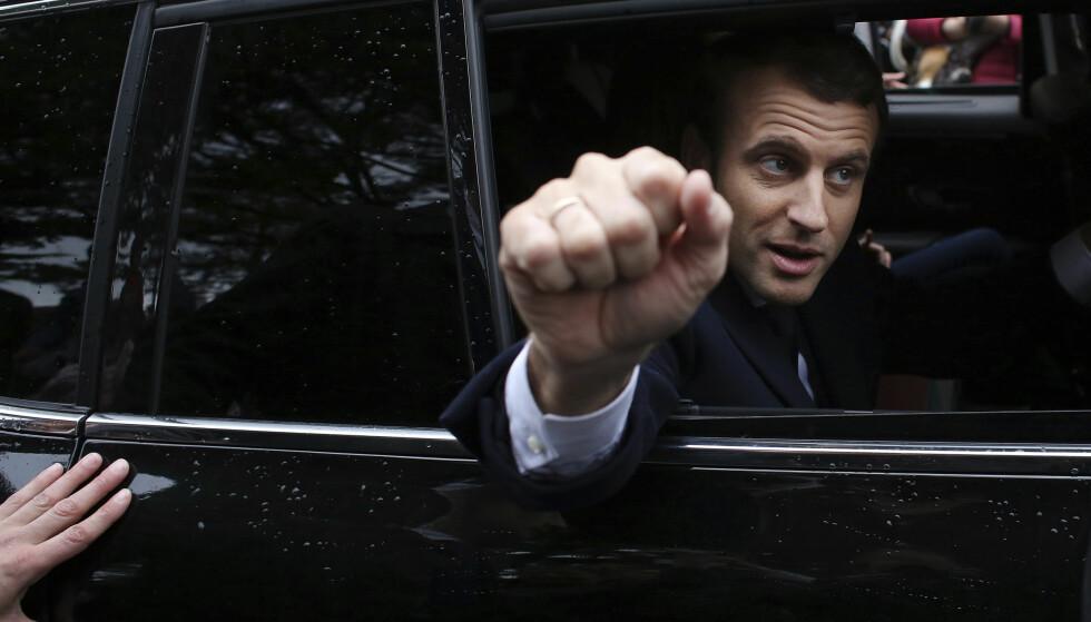 SEIERHERRE: - Skal man sammenligne dette med noe av målbar størrelse - dvs. et nytt parti som støtter landets leder i noe som oppleves som en brytningstid, må man tilbake til parlamentsvalget i november 1958, da UNR ble stiftet for Charles de Gaulle, skriver artikkelforfatteren. Foto: AP Photo/Thibault Camus
