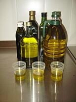 OLJETEST: Seks av fjorten typer olivenolje var feilmerket og/eller harsk, viser en test fra Mattilsynet. Foto: Mattilsynet