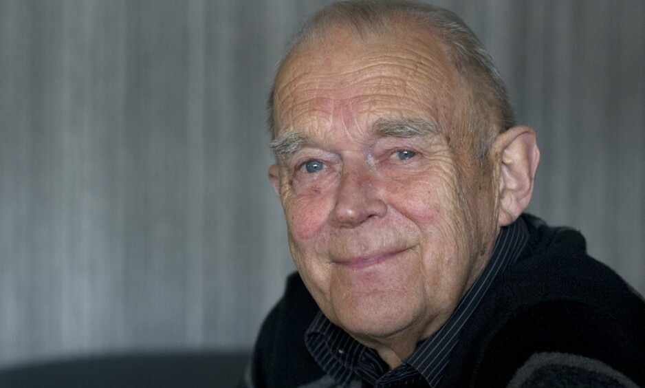 JUBILANTEN: Arthur Arntzen har i en mannsalder underholdt det norske folk, blant annet gjennom sin velkjente karakter Oluf Raillkattli. Foto: Ingunn Mæhlum