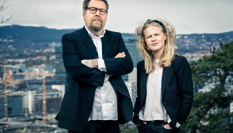 FÅTT NOK: Otto Jespersen og Emilie Skolmen kommer med nytt program til høsten. Foto: Espen Solli/TV 2