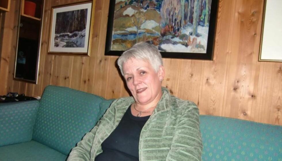DESEMBER 2011: Marie Madeleine - da som Larsen - i et hjem i Elverum. Tirsdag er hun tiltalt i Oslo tingrett for sju nye tilfeller av grove bedragerier. Foto: Privat.