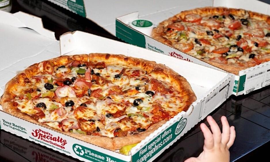 DYRT: I 2010 kjøpte Laszlo Hanyecz to pizzaer med 10 000 bitcoins. Den gang tilsvarte det omlag 300 kroner. Siden den gang har kursen skutt til himmels, og i dag ville regningen kommet på i overkant av 180 millioner kroner. Foto: Laszlo Hanyecz