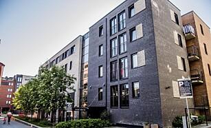 32 LEILIGHETER: Steinar Moe eier 32 leiligheter i Jens Bjelkes gate 75 A. - Når man har mange boliger fra 90-tallet er det jo vanskelig ikke å tjene penger, men jeg regner med at dere har hørt at avdrag på lån også skal betales, og at nye bygg skal oppføres av beskattede penger, sier han.