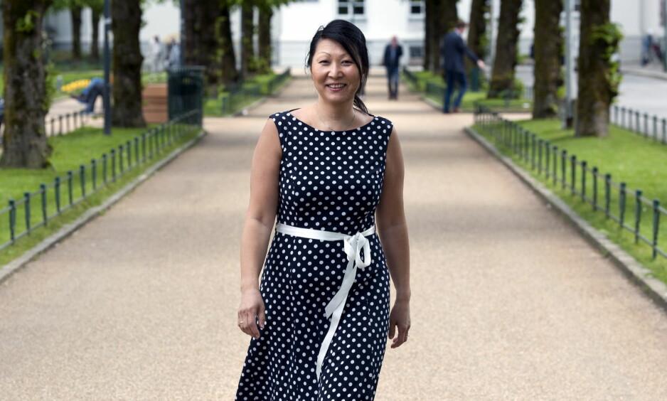 LEVER MED IBS: Cecilie Hauge Ågotnes fikk diagnosen irritabel tarmsyndrom for nesten 15 år siden. Endringer i kosten ble redningen. Foto: Tor Erik H. Mathiesen