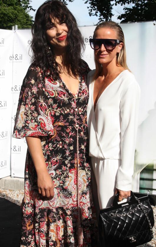 STØTTET VENNINNA: Maria Mena sammen med Celine Aagaard under onsdagens lansering. Foto: Julie Solberg