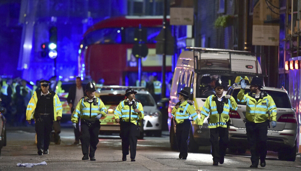 TERROR: Flere nordmenn havnet midt i terror-kaoset i går kveld. Foto: AP / NTB Scanpix
