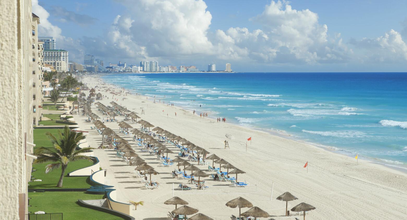 SPISTE LUNSJ: Knut var på ferie og koste seg i Cancun i Mexico da han oppdaget at kortet var borte. Foto: SCANPIX/SHUTTERSTOCK