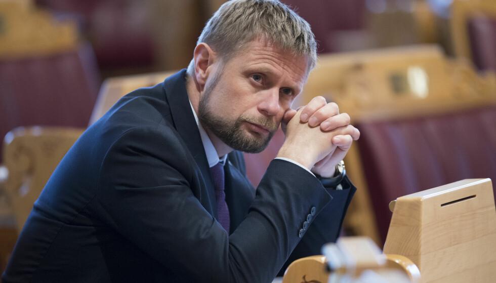 Firer ikke: Helse- og omsorgsminister Bent Høie (H) og hans departement er ikke innstilt på å gjøre endringer i tilbudet til papirløse. Foto: Terje Pedersen / NTB scanpix