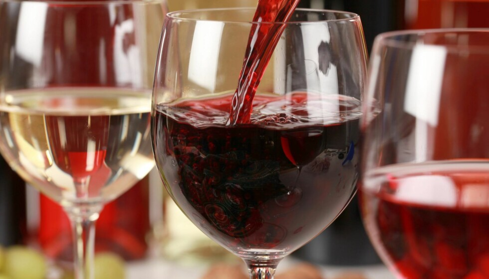 FLEST RØDE: Vinmonopolet presenterer 26 nye røde og 16 hvite under polslippet i dag. Foto: Shutterstock / NTB Scanpix