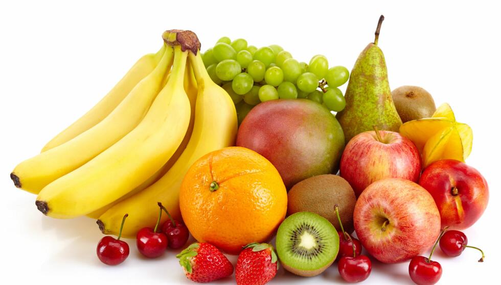 PASS PÅ - DU BØR IKKE FØLGE ALLE KOSTHOLDSRÅDENE: Det mener i alle fall matprofessor Birger Svihus. Banan og druer er for eksempel noe slanke personer har godt av å spise mye av, men som overvektige som vil ned i vekt bør være forsiktige med, mener han. Foto: NTB Scanpix