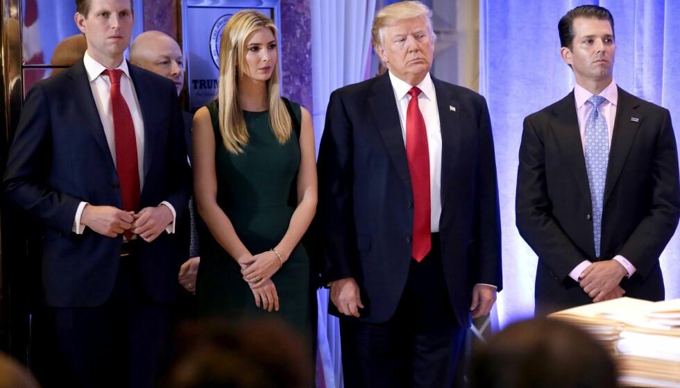 MØTTE INFORMANT: USAs president, Donald Trump, sammen med tre av barna, (f.v.) Eric, Ivanak og Donald Trump junior. Foto: REX/Shutterstock
