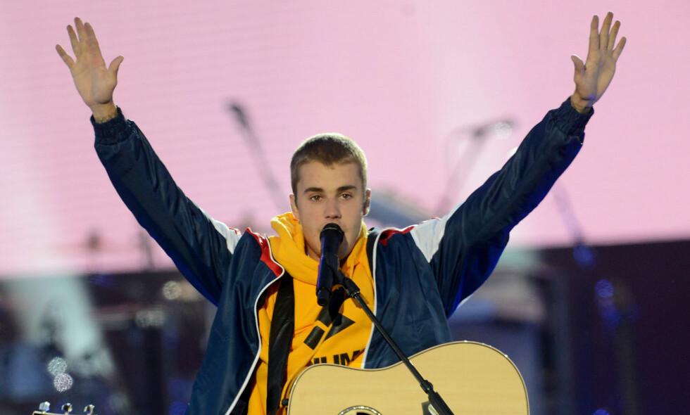 UTESTENGT FRA KINA: Justin Bieber, her under en konsert i Manchester, får ikke lov til å opptre i Kina. Foto: NTB Scanpix