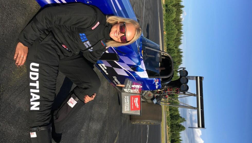 <strong>MAJA OG MONSTERET:</strong> Maja Udtian kjører monsterbilen for første gang på torsdag. Hun kan bli historisk. Foto: Annette Ravneberg Riiser
