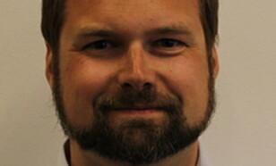 <strong><b>SER PARALELLER:</strong> </b> Anders Granås Kjøstvedt er førsteamanuensis ved HiOA.