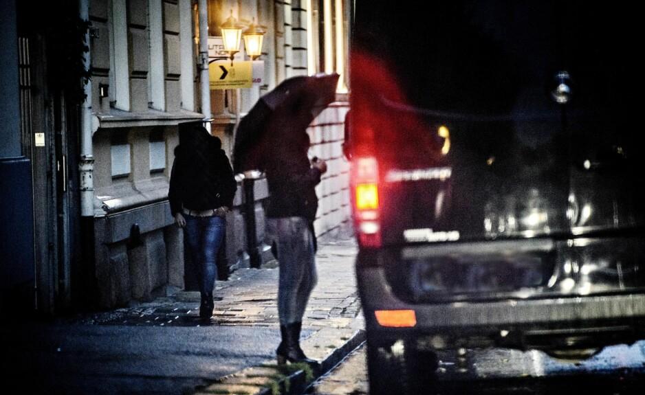 FÆRRE PÅ GATA: Sex-markedet har endret seg. Det er færre prostituerte å se i Oslos gater. Avtalene gjøres oftere på nett. Foto: John T. Pedersen