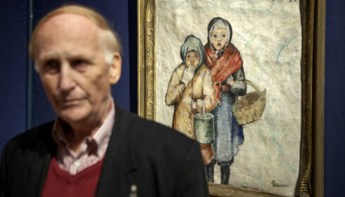 NYTT: - Dette bildet dukket opp for én måned siden, sier Haakon Mehren om disse to fattigjentene i vinterkulda.  Foto: Anders Grønneberg
