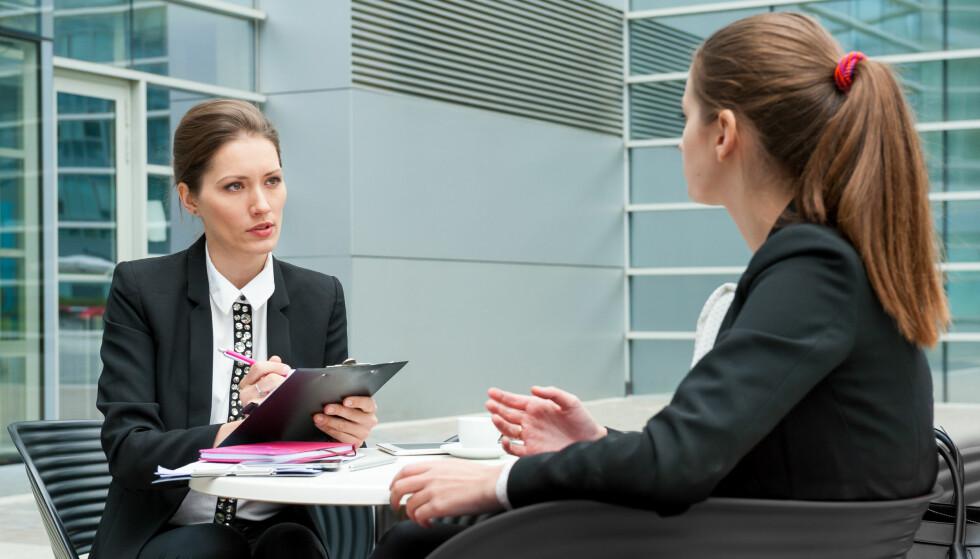 JOBBINTERVJU: Du kan forberede deg til de fleste jobbintervjuer. Men disse spørsmålene kan du neppe lese deg opp på. Foto: Anton Gvozdikov / Shutterstock / NTB scanpix