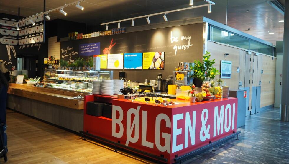 <strong>BØLGEN &amp; MOI:</strong> Godt utvalg i disken på Bølgen &amp; Moi Food Garage.