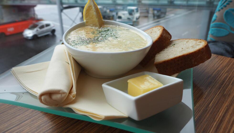 <strong>FISKESUPPE:</strong> Kremet suppe og vel så det på Seafood bar.