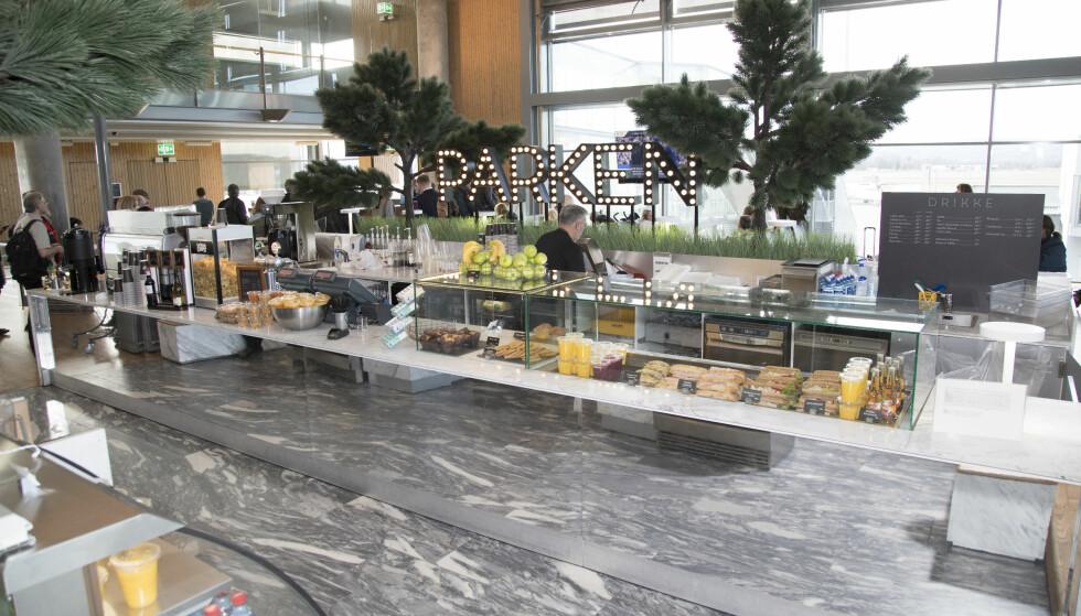 <strong>PARKEN:</strong> Ytterst i terminalen ligger den tiltalende cafeen Parken, der smakspanelet ikke hadde noen oppløftende matopplevelse.