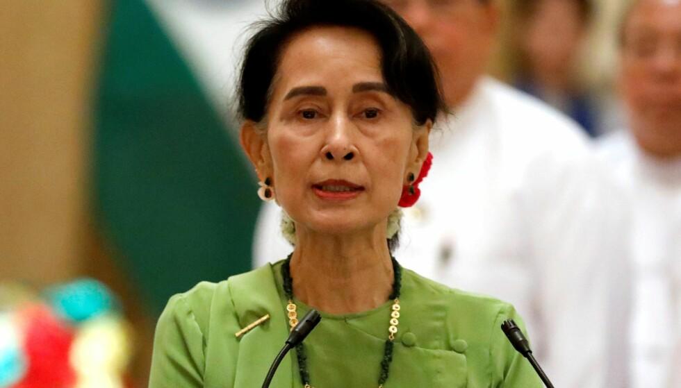 MYANMARS LEDER: Fredsprisvinner Aung San Suu Kyi.