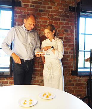 FORSKJELLER: Kaviarprøvene ser like ut ved første blikk, men skinnet kan bedra, fastslår panelet. Foto: Cecilie L. Berg