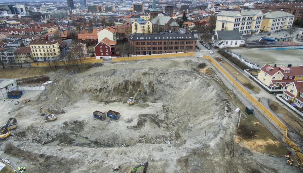 UTFORDRINGER: Vanskelige grunnforhold har ført til forsinkelser av byggingen av Nye Jordal Amfi. Foto: Tore Meek / NTB scanpix