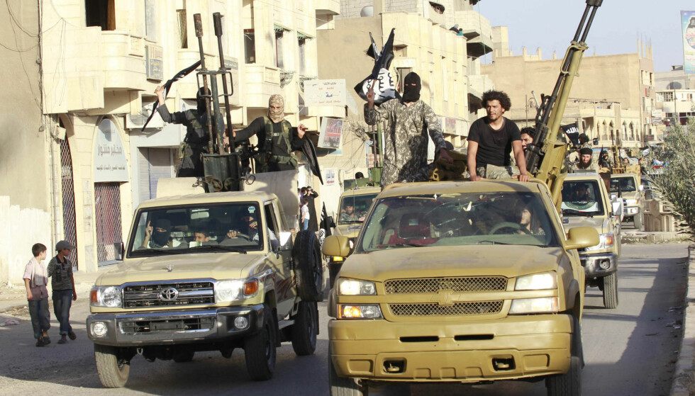 IS' «HOVEDSTAD»: Fra IS' selverklærte hovedstad Raqqa i Syria, kort tid etter erklæringen av «kalifatet» i 2014. Foto: Reuters / NTB Scanpix