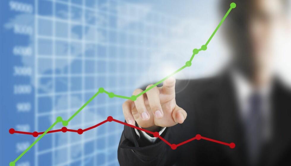 OPP-OG NEDTURER: Det er vanskelig å spå når det er mest lønnsomt å spare i aksjemarkedet. Det har mer eller mindre vært en sammenhengende børsoppgang siden finanskrisen. Foto: NTB Scanpix