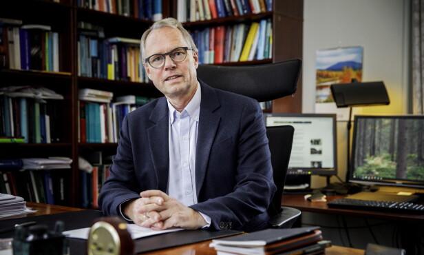 KRITISK: Jusprofessor Hans Petter Graver ved Universitetet i Oslo. Foto: Nina Hansen / Dagbladet