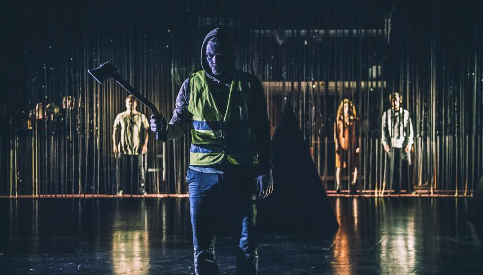 FØLSOM OG AVSTUMPET: Oddgeir Thune spiller vår tids Herostratos. Foto: Dag Jenssen, Det Norske Teatret