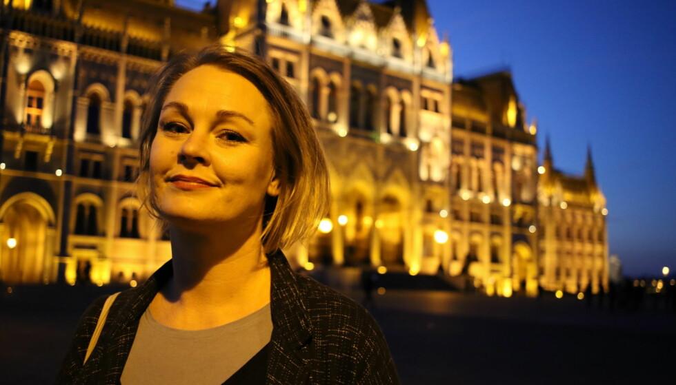 UVISSHET: Marianne L. L. Melgård, siste års psykologistudent i Budapest, forteller om usikkerhet og fortvilelse blant de norske studentene i Ungarn. Foto: Maria Skarpaas Andersen