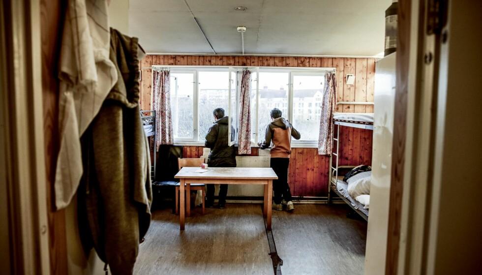 VENTER: 302 ungdommer står i fare for å bli hentet av politiet og sendt tilbake til landet de flyktet fra når de fyller 18 år, nesten halvparten av dem allerede i høst. Foto: Stein J. Bjørge / Aftenposten /   NTB Scanpix