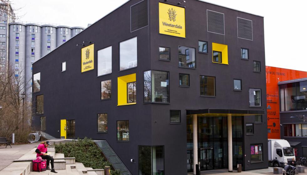 DOMMEN FALT: Skolen er dømt til å betale tilbake nesten 30 millioner kroner til tidligere elever ved skolen. FOTO: NTB Scanpix