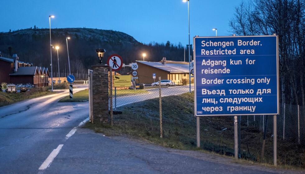 REKORDÅR: I 2015 var antall asylsøkere til Norge historisk høyt, blant annet her, over grensa ved Storskog på Russland-grensa. Nå melder UDI at antall asylsøkere er historisk lavt. Foto: Øistein Norum Monsen / Dagbladet