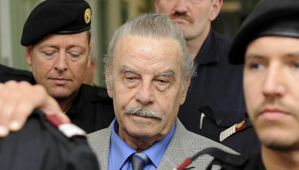 DØMT: I mars 2009 ble Josef Fritzl kjent skyldig og dømt til livsvarig fengsel for drapet på sin nyfødte sønn - og for å ha holdt datteren som sexslave i 24 år. Foto: Robert Jaeger,/AP