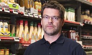 ØKT ØLSALG: Harald Kristiansen i Coop kan fortelle at ølsalget økte med 13 prosent i finværet.