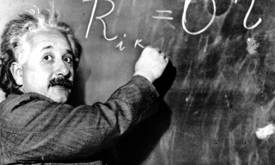 SKÅRTE HØYT: Einstein skårte høyt på denne faktoren. Han var ikke bare vitenskapsmann med nesa i ei bok – han spilte fiolin og deltok aktivt i politisk debatt. Foto: NTB scanpix