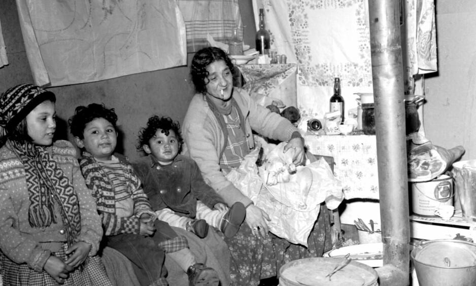 OSLO-FAMILIE: En norsk rom-familie fotografert i Oslo 1955.
