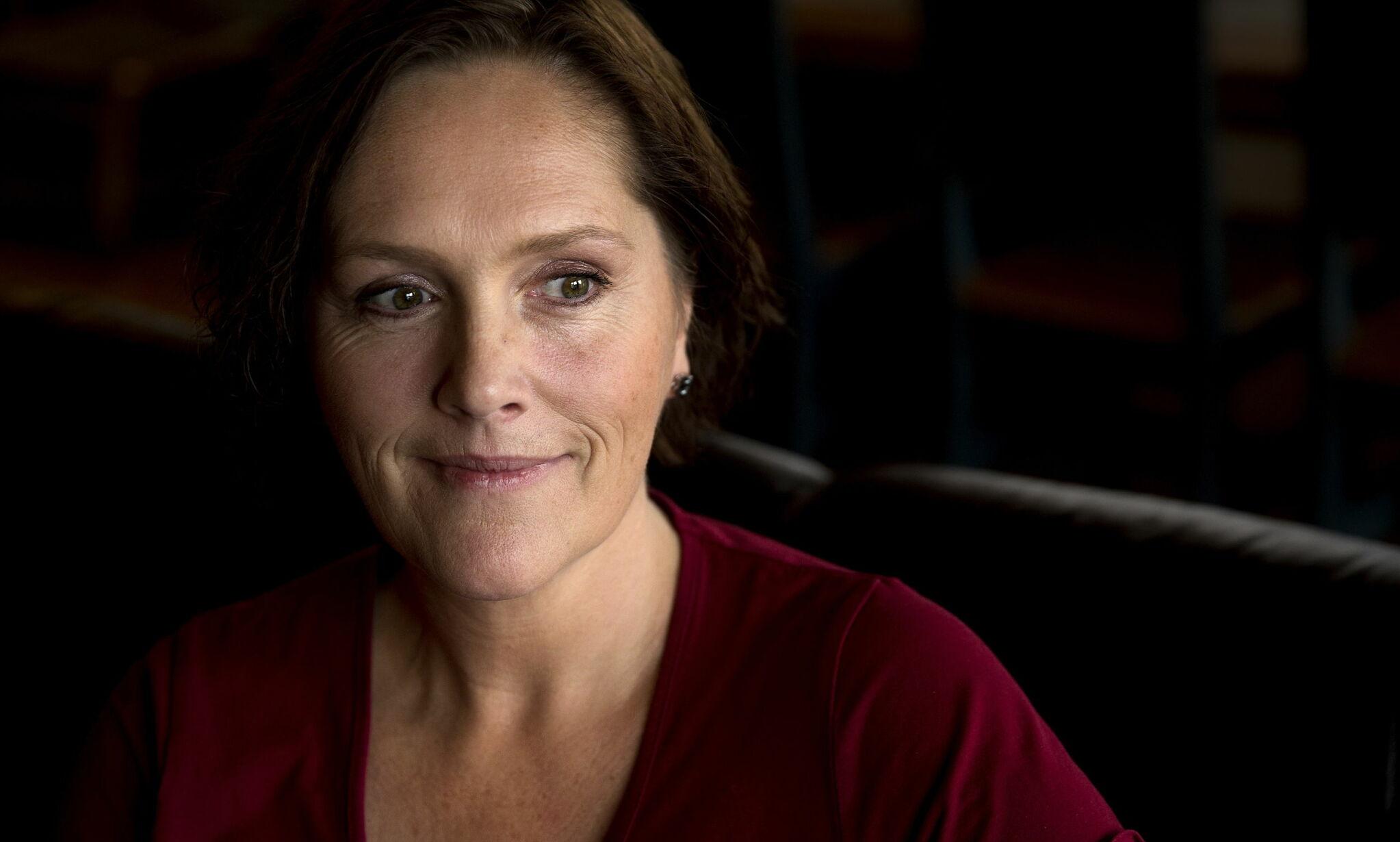 Halden 20171027. Ann-Kristin Grødahl har store smerter i alle ledd og har syv forskjellige diagnoser.  Foto: Henning Lillegård / Dagbladet .