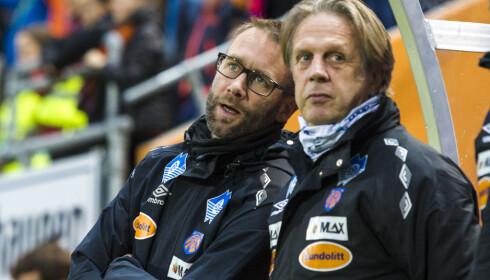 I TRØBBEL: Trond Fredriksen, her sammen med assistenttrener Anton Joore, er under et massivt press som AaFK-trener. Foto: Svein Ove Ekornesvåg / NTB scanpix